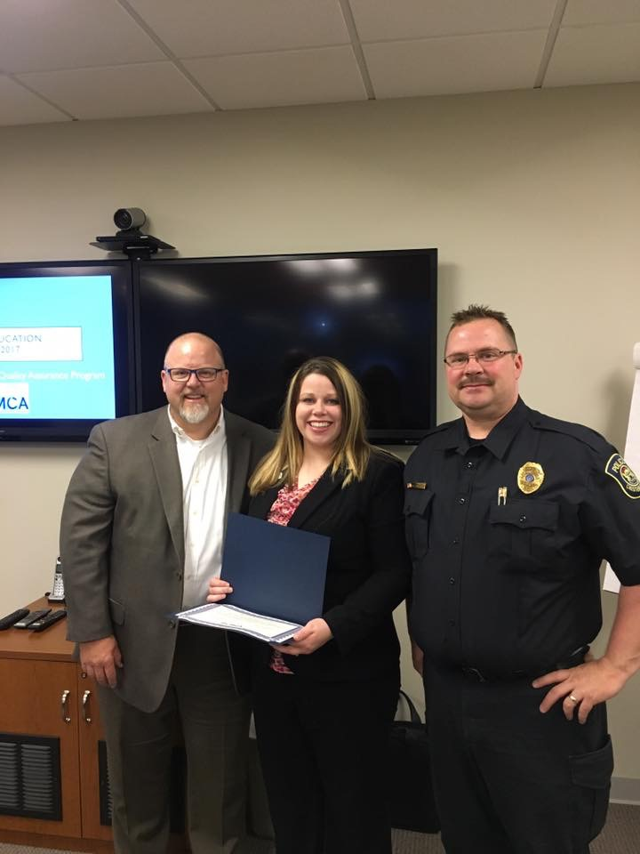 Dispatcher Receives Award For Excellence from MCMCA